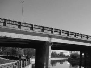 To the north of Pretoria Bridge stands the Queensway Bridge over the canal, which will undergo considerable structural work over the next number of years.