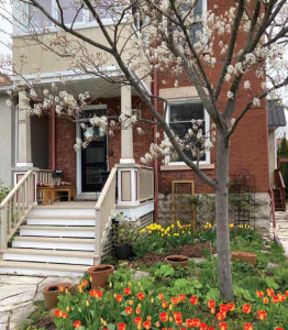 Landscape architect Jennifer Shepherd's front garden demonstrates both esthetic beauty and functional beauty (like a butterfly feeding on a Milkweed). Her garden provides the ideal space for sharing flowers and plant facts with neighbourhood kids. Photo by Tanis Browning-Shelp