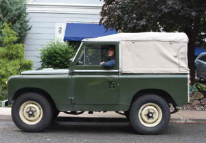 Michael's 1962 Land Rover 2A  Photo by Don Fugler